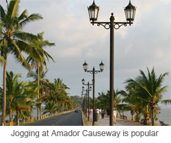 jogging at Amador - click to enlarge