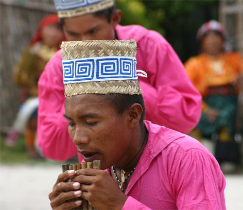 Kuna traditional dance & music